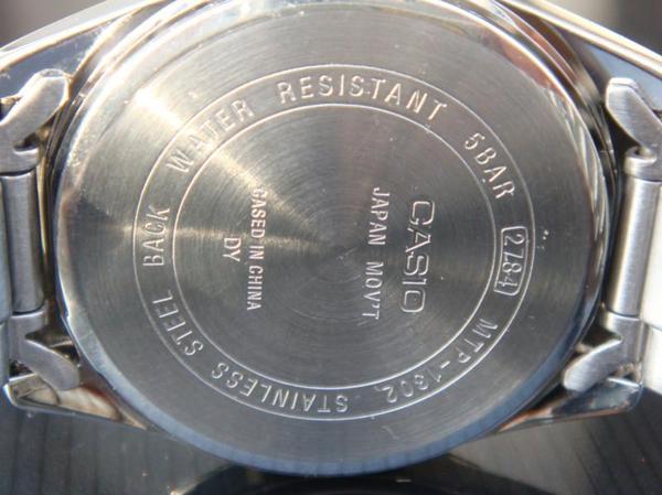 đồng hồ chống nước 50m