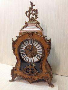 đồng hồ đê bàn cổ 2